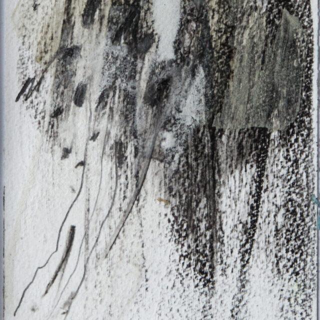 Es geschieht 3: 15x20,Acryl, Asche, Gesteinsmehle, Bleistift, Graphit auf Papier,2016